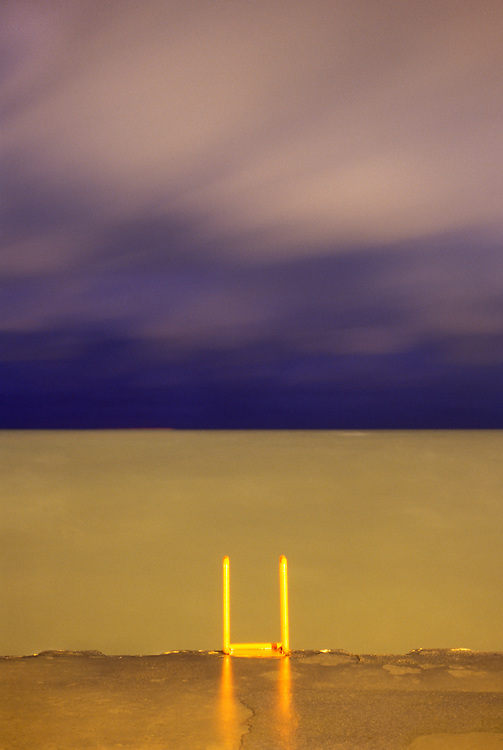 © 2004  DAVID MOENKHAUS<br />