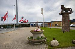 Hovedindgangen til stadion før kampen i 1. Division mellem FC Fredericia og FC Helsingør den 4. oktober 2020 på Monjasa Park i Fredericia (Foto: Claus Birch).
