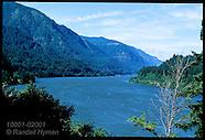 20: TRAIL COLUMBIA RIVER GORGE & PACIFIC