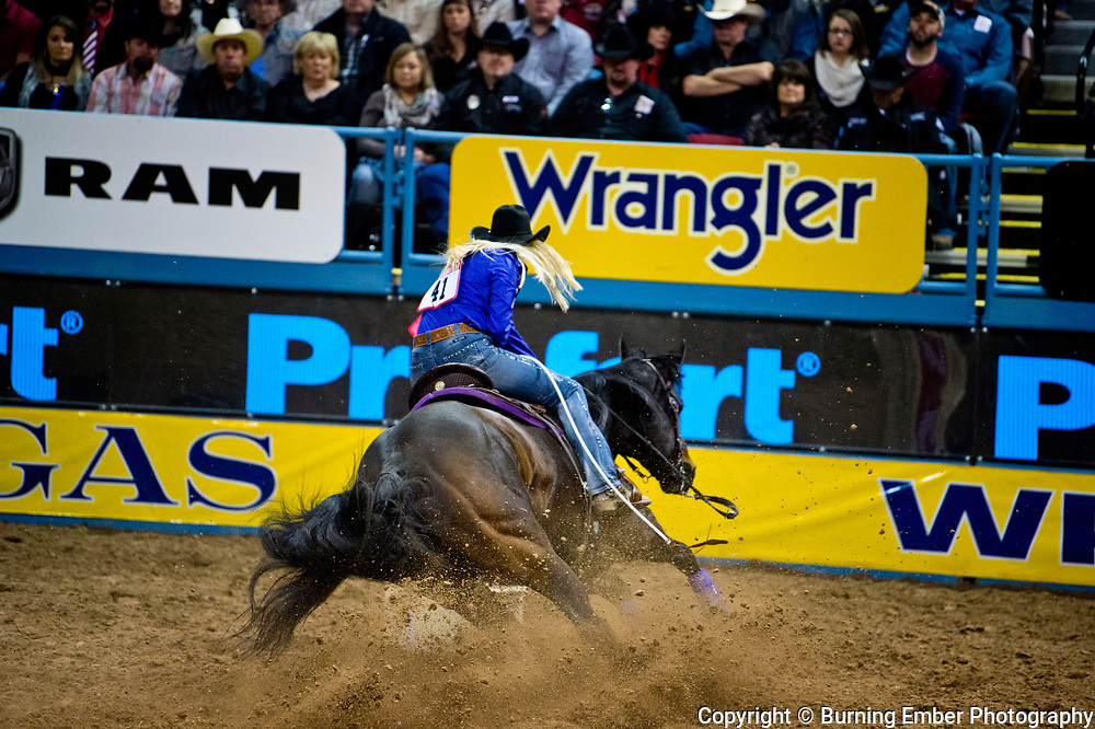 Amberleigh Moore in the Barrel Racing event during the Wrangler National Finals Rodeo 1st round December 7th, 2017.  Photo by Josh Homer/Burning Ember Photography.  Photo credit must be given on all uses.