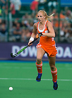 BOOM - Margot van Geffen tijdens de eerste poule wedstrijd van Oranje tijdens het Europees Kampioenschap hockey   tussen de vrouwen Nederland en Ierland (6-0). ANP KOEN SUYK