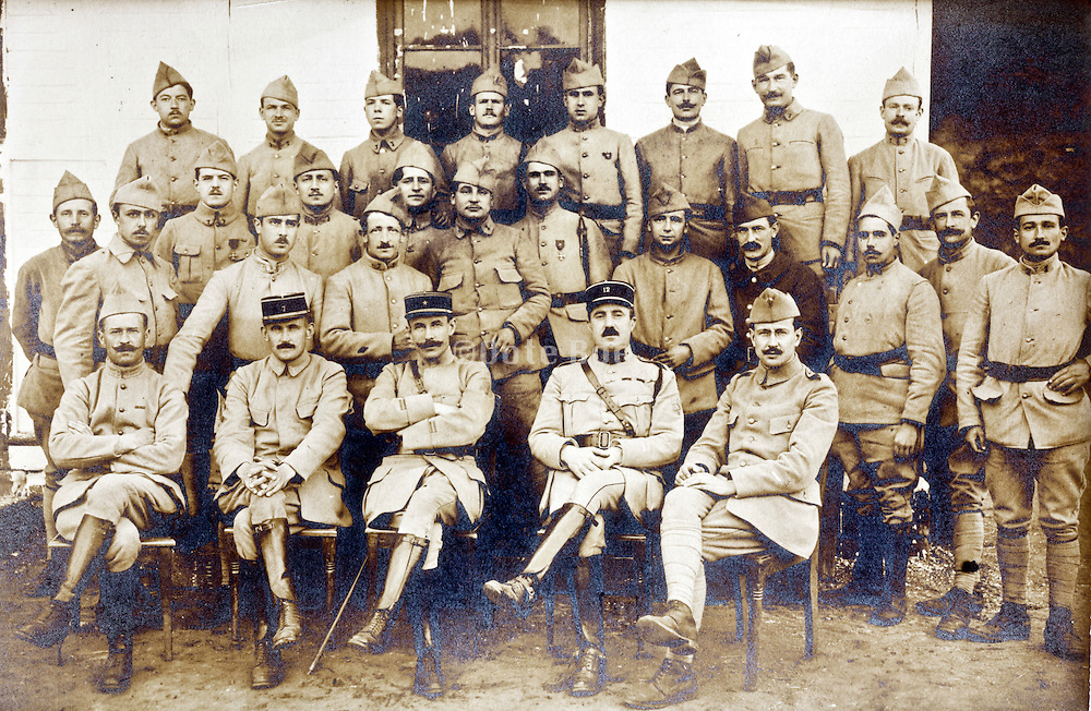 group portrait French soldiers 1910s