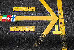 May 23, 2019 - Monte Carlo, Monaco - Motorsports: FIA Formula One World Championship 2019, Grand Prix of Monaco, ..marks, Markierung, Markierungen, Fahrbahnmarkierung, Pfeil, Pfeile, arrow, arrows, Strecke, Spur, Streifen, Asphalt, Abrieb, Boxengasse, pit lane  (Credit Image: © Hoch Zwei via ZUMA Wire)