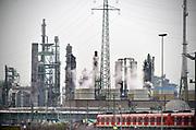 Duitsland, Worringen, 28-3-2019Fabrieksterrein van chemiereus Bayer in het Ruhrgebied. Foto: Flip Franssen