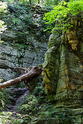 A rock formation near Conti Canyon at Starved Rock State Park