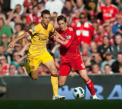 15.08.2010, Anfield, Liverpool, ENG, PL, FC Liverpool vs FC Arsenal, im Bild Liverpool's Fernando Torres and Arsenal's Laurent Koscieiny during the Premiership match at Anfield. l. EXPA Pictures © 2010, PhotoCredit: EXPA/ Propaganda/ David Rawcliffe / SPORTIDA PHOTO AGENCY