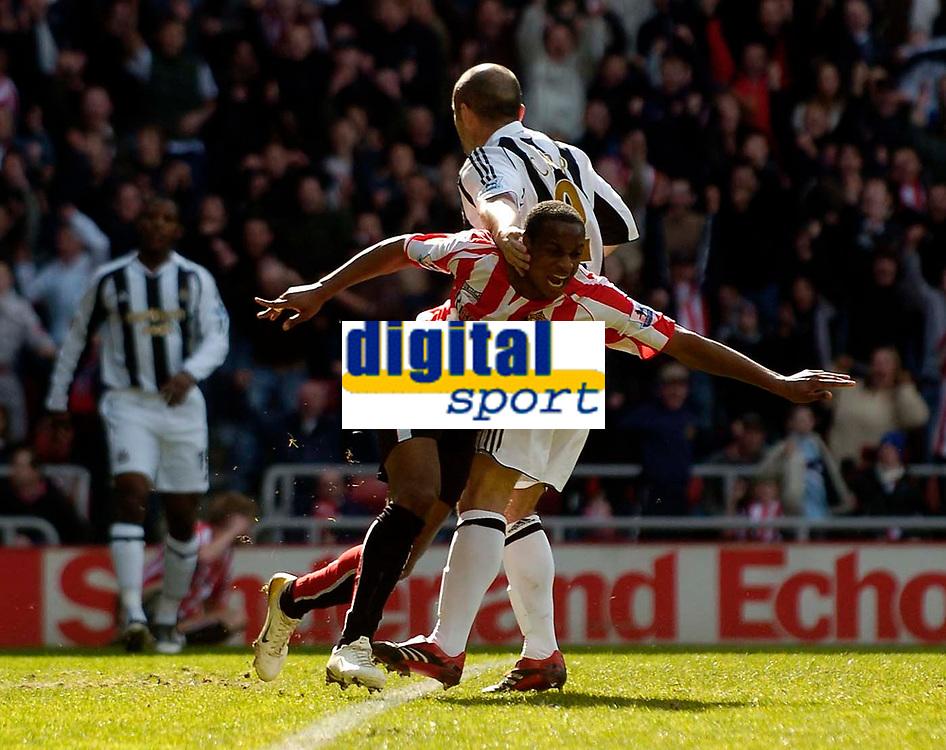 Photo: Jed Wee.<br />Sunderland v Newcastle United. The Barclays Premiership. 17/04/2006.<br /><br />Sunderland's Justin Hoyte celebrates after scoring the opening goal.