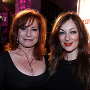 NLD/Amsterdam/20131111 - Beau Monde Awards 2013, Marianne Mudder en Miryanne van Reeden