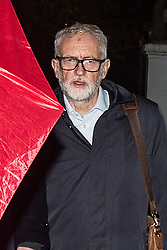 © Licensed to London News Pictures. 29/10/2020. London, UK. Former Labour Party leader Jeremy Corbyn arrives at his house in north London. The Equality and Human Rights Commission published today the findings of his 16-month investigation into anti-Semitism in the Labour Party under Corbyn's leadership. He was also suspended from the Labour Party. Photo credit: Marcin Nowak/LNP