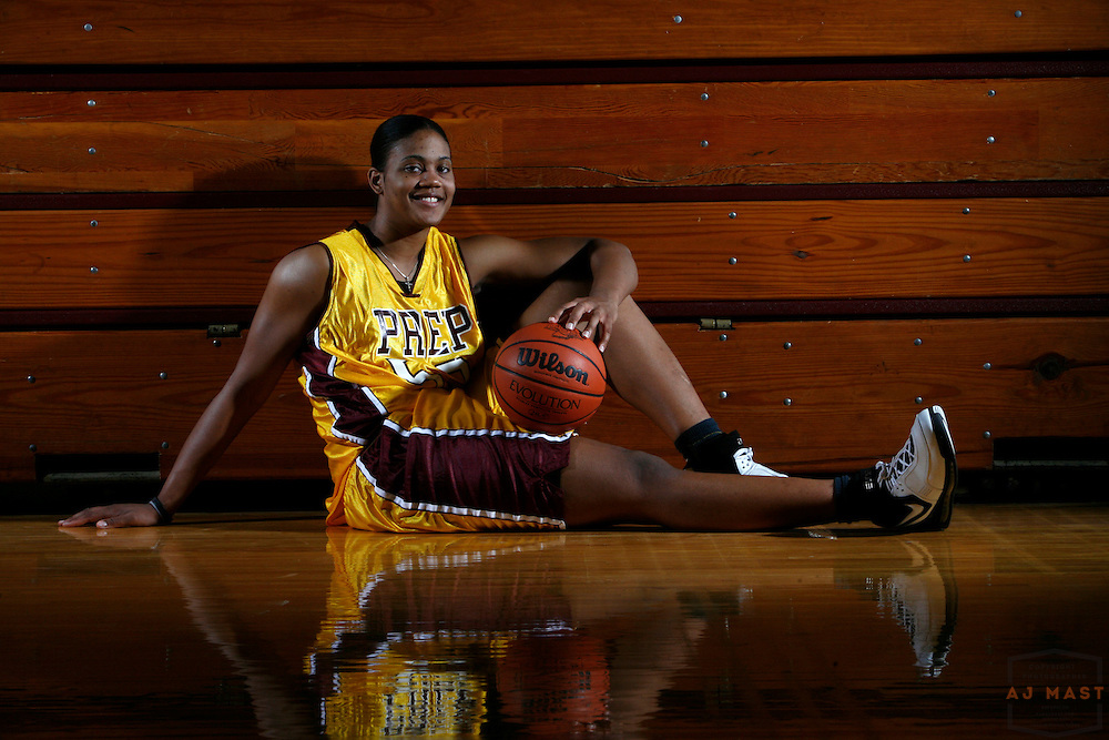 21 March 2007: Miss Indiana Basketball Ta'Shia Phillips, Brebeuf Jesuit Preparatory School posses for  a portrait in Indianapolis.