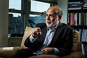 12 de Abril de 2016. Washington DC, Estados Unidos. Ben Bernanke es expresidente de la Reserva Federal de Estados Unidos. Fotografiado en el Think Tank The Brookings Institution en Washington DC (Foto Edu Bayer)