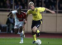 Fotball<br /> Champions League 2004/05<br /> Monaco v Liverpool<br /> 23. november 2004<br /> Foto: Digitalsport<br /> NORWAY ONLY<br /> SAMI HYYPIA (LIV) / MAICON (MON)
