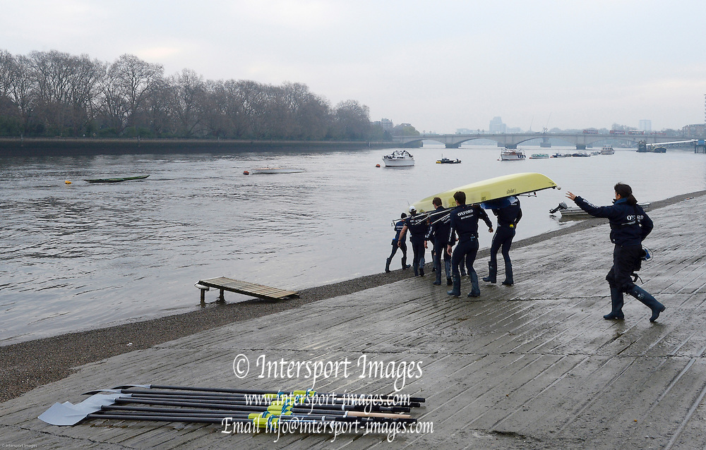 London, United Kingdom.  Isis Oxford  reserve crew , morning training session during the 2014, Varsity, Tideway Week, annual training week, both crews based at Putney, Championship Course,  River Thames;   08:18:41  Wednesday  {{DATE}   [Mandatory Credit; Peter Spurrier/Intersport Images].