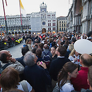 VENICE, ITALY - MAY 07:  faithfuls greet the arrival of Pope Benedict XVI in St Mark's Square  on May 7, 2011 in Venice, Italy. Pope Benedict XVI will visit Venice on May 7-8, which is 26 years since Pope John Paul II visited  (Photo by Marco Secchi/Getty Images)