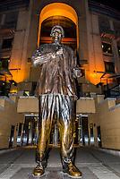20 foot tall (6 meters) bronze statue of Nelson Mandela, Nelson Mandela Square, Sandton, Johannesburg, South Africa.