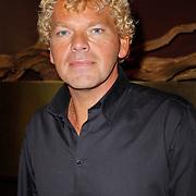 """NLD/Amsterdam/20120312 - Boekpresentatie Heleen van Royen """" Verboden Vruchten"""", Ton van Royen"""