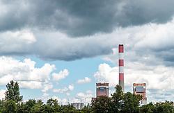 THEMENBILD - Aussenansicht des Atomkraftwerks Zwentendorf. Die Österreichische Bevölkerung stimmte am 5. November 1978 gegen die Atomkraft und bescherte somit dem Ort im Tullnerfeld ein einmaliges Industriedenkmal, aufgenommen am 10. Juni 2017, Zwentendorf, Oesterreich // Exterior view of the Zwentendorf nuclear power plant. The completely finished boiling water nuclear reactor - even the radioactive nuclear fuel rods had already been stored at the facility - was never put online following a 50.47 percent vote against in a national referendum on November 5th, 1978 at Zwentendorf, Austria on 2017/06/10. EXPA Pictures © 2017, PhotoCredit: EXPA/ JFK
