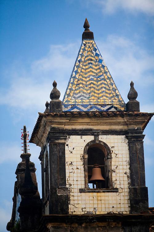 Salvador_BA, Brasil...Torre da Igreja de Nossa Senhora da Boa Viagem em Salvador, capital da Bahia. ..Nossa Senhora da Boa Viagem Church tower in Salvador, Bahia capital...Foto: JOAO MARCOS ROSA / NITRO