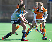 AMSTELVEEN - HOCKEY  - Anouk Lambers van Hurley tijdens de ghoofdklasse hockeywedstrijd tussen de vrouwen van Hurley en Oranje-Zwart.  COPYRIGHT KOEN SUYK