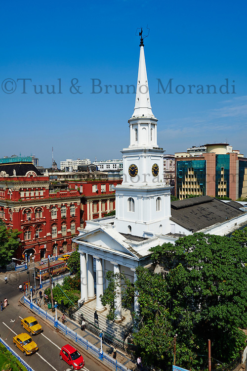 Inde, Bengale Occidental, Calcutta (Kolkata), BBD Bagh, Writers Building et eglise Saint Andre // India, West Bengal, Kolkata, Calcutta, BBD Bagh, Writers Building and St Andrew church