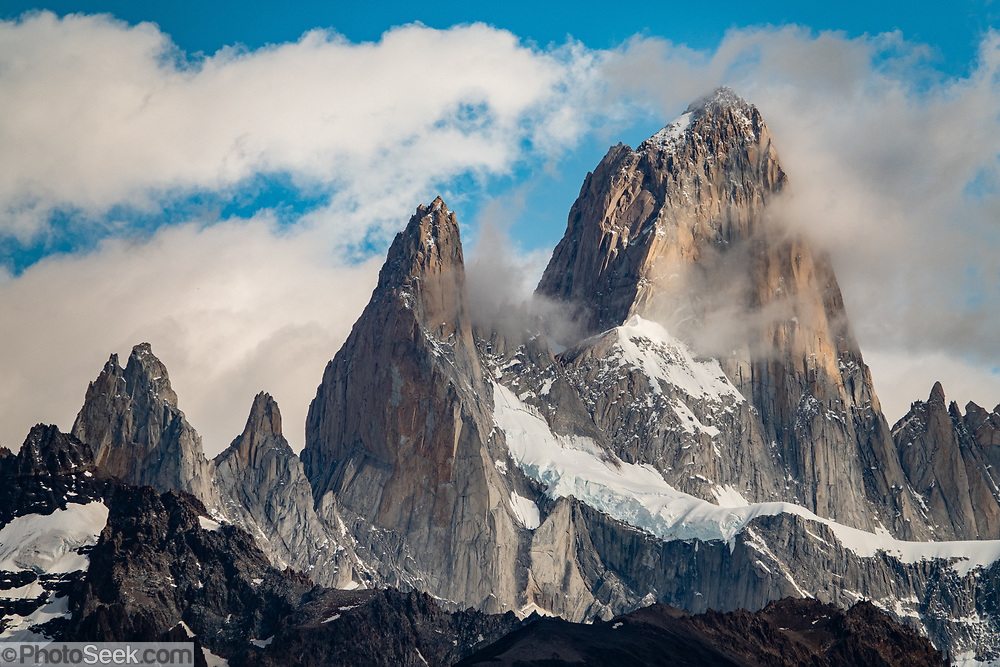 "Cerro Fitz Roy (3405 m or 11,171 ft elevation), seen from Ruta 23 near El Chalten mountain resort, in Los Glaciares National Park, Santa Cruz Province, Argentina, Patagonia, South America. Chaltén comes from a Tehuelche word meaning ""smoking mountain"", due to clouds that usually form over Monte Fitz Roy."