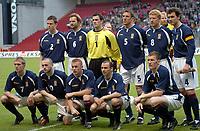 Fotball<br /> Treningskamp<br /> Danmark v Skottland<br /> 28. april 2004<br /> Foto: Digitalsport<br /> NORWAY ONLY<br /> <br /> TEAM SCOTLAND ( BACK ROW LEFT TO RIGHT :  GARY CALDWELL / STEVEN PRESSLEY / PAUL GALLACHER / MALCOLM MACKAY / GARY HOLT / CHRISTIAN DAILLY . FRONT ROW : DARREN FLETCHER / JAMES MAC FADDEN / STEPHEN CRANEY / COLIN CAMERON / KERIN KYLE )