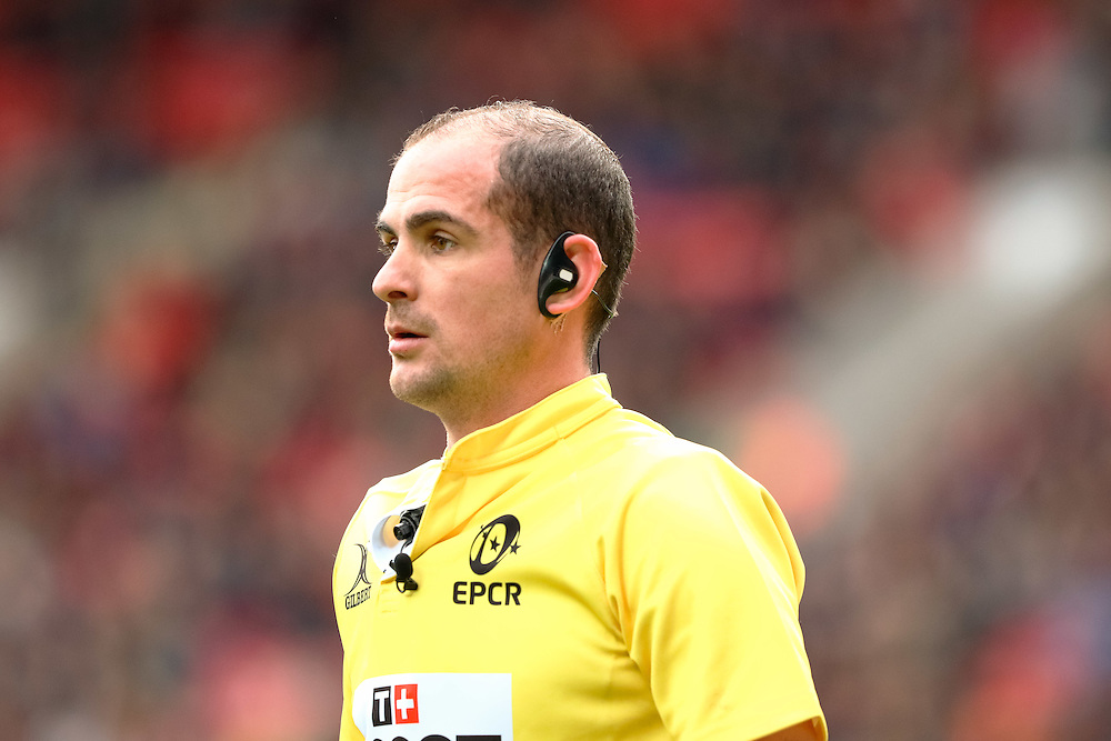 Referee Alexandre Ruiz waits for the TMO<br /> <br /> Photographer Simon King/CameraSport<br /> <br /> European Rugby Champions Cup Pool 3 - Scarlets v Saracens - Sunday 15th January 2017 - Parc y Scarlets - Llanelli <br /> <br /> World Copyright © 2017 CameraSport. All rights reserved. 43 Linden Ave. Countesthorpe. Leicester. England. LE8 5PG - Tel: +44 (0) 116 277 4147 - admin@camerasport.com - www.camerasport.com