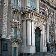 L'entrata dell'ex Monastero dei Benedettini, ora università di lettere e filosofia a Catania..The entrance of the former Benedectines Monastery, now letters and philosophy university in Catania.
