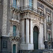 L'entrata dell'ex Monastero dei Benedettini, ora università di lettere e filosofia a Catania..The entrance of the former Benedectines Monastery, now letters and philosophy university in Catania.