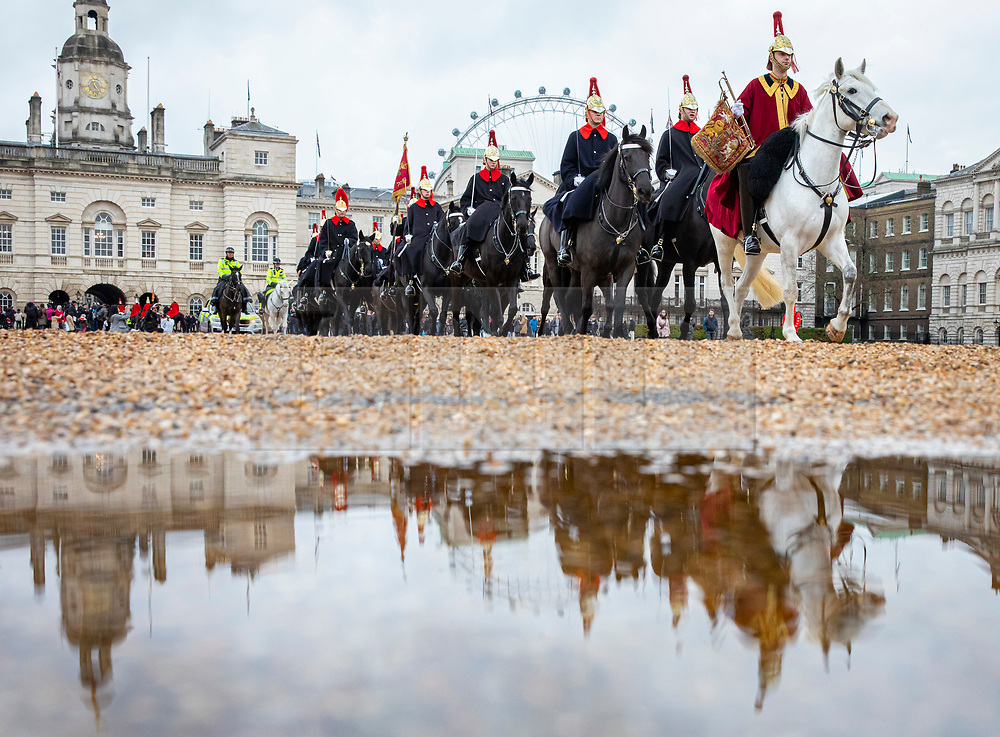 © Licensed to London News Pictures. 17/12/2019. London, UK. The Changing of the Guard on Horseguards in London. Photo credit: Rob Pinney/LNP