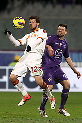 16.01.2012, Stadio Artemio Franchi, Florenz, ITA, TIM Cup, AC Florenz vs AS Rom, Viertelfinale, im Bild Mattia Destro Roma Nenad Tomovic Fiorentina // during the Italian TIM Cup quarterfinal match between ACF Fiorentina and AS Roma at the Artemio Franchi Stadium, Florence, Italy on 2013/01/16. EXPA Pictures © 2013, PhotoCredit: EXPA/ Insidefoto/ Paolo Nucci..***** ATTENTION - for AUT, SLO, CRO, SRB, BIH and SWE only *****