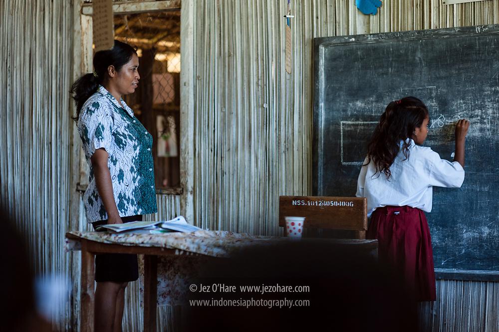 Sekolah Dasar Desa Silawan, Kabupaten Belu, Timor, Nusa Tenggara Timur, Indonesia.