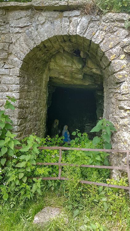 The unexpected grotto near One Ash Farm