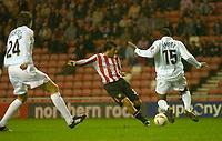 Photo. Glyn Thomas. <br /> Sunderland v Nottingham Forest. <br /> Coca Cola Championship. 14/09/2004.<br /> Sunderland's Julio Arca (C) scores his side's first goal.