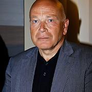 NLD/Amsterdam/20100429 - Boekpresentatie De praktijk van Plasman door Peter R. de Vries,