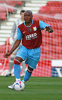 Photo: Mark Stephenson.<br /> Stoke City v Aston Villa. Pre Season Friendly. 01/08/2007.<br /> Villa's new siging Nigal  Reo-Coker