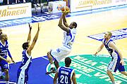 DESCRIZIONE : Sassari Lega A 2012-13 Dinamo Sassari Lenovo Cantù Quarti di finale Play Off gara 2<br /> GIOCATORE : Bootsy Thornton<br /> CATEGORIA : Tiro<br /> SQUADRA : Dinamo Sassari<br /> EVENTO : Campionato Lega A 2012-2013 Quarti di finale Play Off gara 2<br /> GARA : Dinamo Sassari Lenovo Cantù Quarti di finale Play Off gara 2<br /> DATA : 11/05/2013<br /> SPORT : Pallacanestro <br /> AUTORE : Agenzia Ciamillo-Castoria/M.Turrini<br /> Galleria : Lega Basket A 2012-2013  <br /> Fotonotizia : Sassari Lega A 2012-13 Dinamo Sassari Lenovo Cantù Play Off Gara 2<br /> Predefinita :