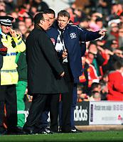 David Moyes Manager complains to Liverpool's Manager Rafael Benitez<br /> Everton 2009/10<br /> Liverpool V Everton 06/02/10<br /> The Premier League<br /> Photo Robin Parker Fotosports International