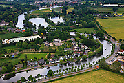 Nederland, Utrecht, Maarssen, 03-05-2011; Rivier de Vecht, Zandpad, ten noorden van Maarssen.The river Vecht near Maarssen (central Netherlands).luchtfoto (toeslag); aerial photo (additional fee required).foto Siebe Swart / photo Siebe Swart