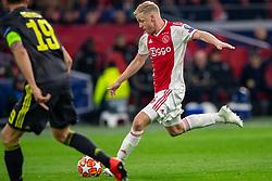 10-04-2019 NED: Champions League AFC Ajax - Juventus,  Amsterdam<br /> Round of 8, 1st leg / Ajax plays the first match 1-1 against Juventus during the UEFA Champions League first leg quarter-final football match / Donny van de Beek #6 of Ajax