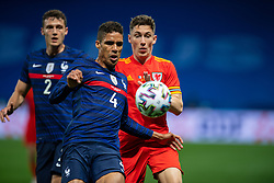 NICE, FRANCE - Wednesday, June 2, 2021: France's Raphaël Varane (L) and Wales' Harry Wilson during an international friendly match between France and Wales at the Stade Allianz Riviera ahead of the UEFA Euro 2020 tournament. (Pic by Simone Arveda/Propaganda)