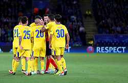 FC Porto players confront the referee - Mandatory by-line: Matt McNulty/JMP - 27/09/2016 - FOOTBALL - King Power Stadium - Leicester, England - Leicester City v FC Porto - UEFA Champions League