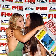 NLD/Amsterdam/20070515 - FHM verkiezing Meest Sexy vrouw van Nederland 2007, Mooiste Jong Talent winnares Sarah Chronis en Yolanthe Cabau van Kasbergen