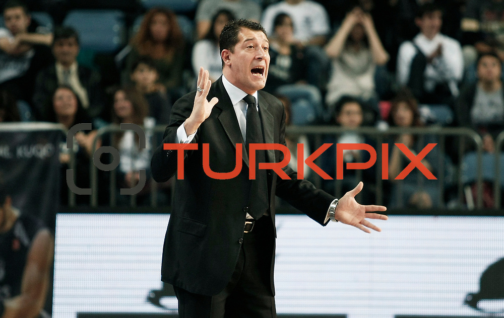 Anadolu Efes's coach Ufuk SARICA during their Turkish Basketball League match Anadolu Efes between Hacettepe Universitesi at Arena in Istanbul, Turkey, Sunday, November 20, 2011. Photo by TURKPIX
