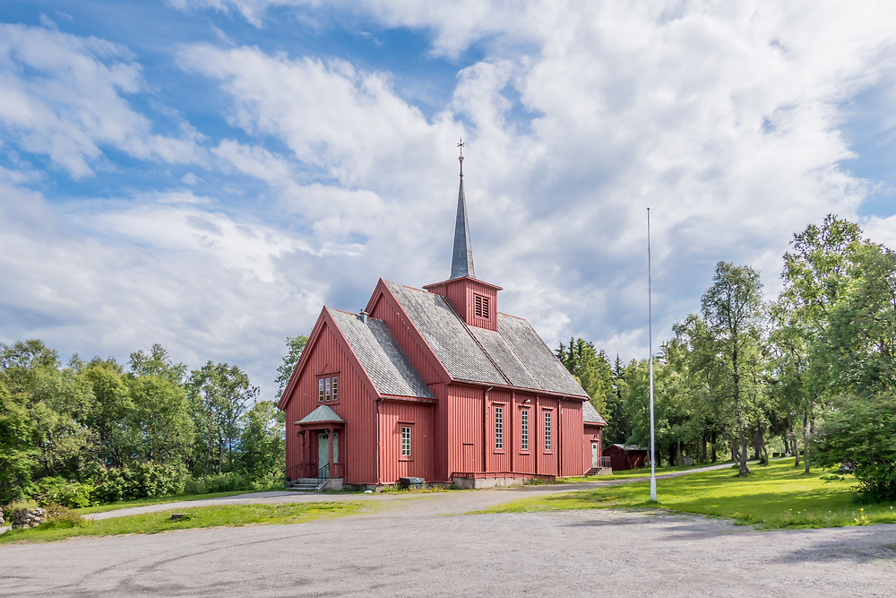 Sandtorg kirke er en langkirke i tre som ligger i Sørvik i Harstad kommune. Kirken ble bygget i 1932 og er en sognekirke for Sandtorg prestegjeld.