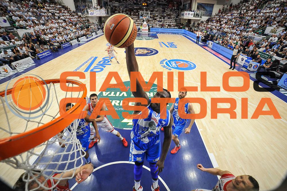 DESCRIZIONE : Campionato 2014/15 Serie A Beko Dinamo Banco di Sardegna Sassari - Grissin Bon Reggio Emilia Finale Playoff Gara3<br /> GIOCATORE : Rakim Sanders<br /> CATEGORIA : Schiacciata Special<br /> SQUADRA : Dinamo Banco di Sardegna Sassari<br /> EVENTO : LegaBasket Serie A Beko 2014/2015<br /> GARA : Dinamo Banco di Sardegna Sassari - Grissin Bon Reggio Emilia Finale Playoff Gara3<br /> DATA : 18/06/2015<br /> SPORT : Pallacanestro <br /> AUTORE : Agenzia Ciamillo-Castoria/L.Canu