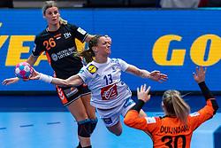 14-12-2018 FRA: Women European Handball Championships France - Netherlands, Paris<br /> Second semi final France - Netherlands / Angela Malestein #26 of Netherland/, Manon Houette #13 of France, Rinka Duijndam #30 of Netherlands