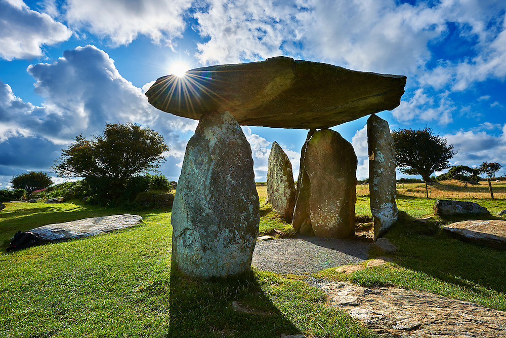 Pentre Ifan a Neolithic megalitic stone burial chamber dolmen built about 3500 BC in the parish of Nevern, Pembrokeshire, Wales. .<br /> <br /> Visit our WALES HISTORIC PLACES PHOTO COLLECTIONS for more photos to browse or download or buy as prints https://funkystock.photoshelter.com/gallery-collection/Images-of-Wales-Welsh-Historic-Places-Pictures-Photos/C0000UEicBhu1tQM<br /> .<br /> Visit our PREHISTORIC PLACES PHOTO COLLECTIONS for more  photos to download or buy as prints https://funkystock.photoshelter.com/gallery-collection/Prehistoric-Neolithic-Sites-Art-Artefacts-Pictures-Photos/C0000tfxw63zrUT4