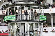 Pferdesport: 148. Deutsches Galopp Derby, Hamburg, 02.07.2014<br /> Feature, Rennleitung<br /> © Torsten Helmke