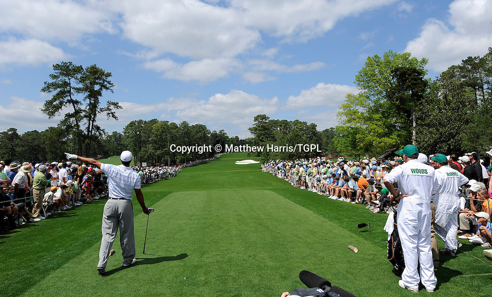 Tiger WOODS (US) hits his drive at 8th left during third round US Masters 2009, Augusta National,Georgia,USA.